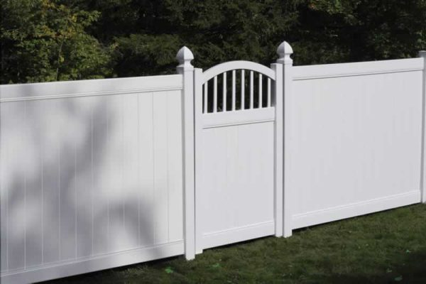 Convex Vinyl Fence Gate White
