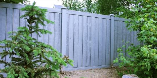 Gray Vinyl Fence - Nantucket